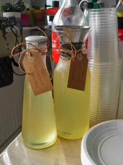 Citron og honning lemonade